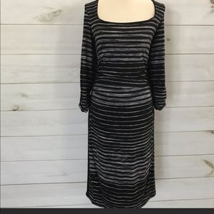WHBM 3/4 SLEEVE STRIPE DRESS